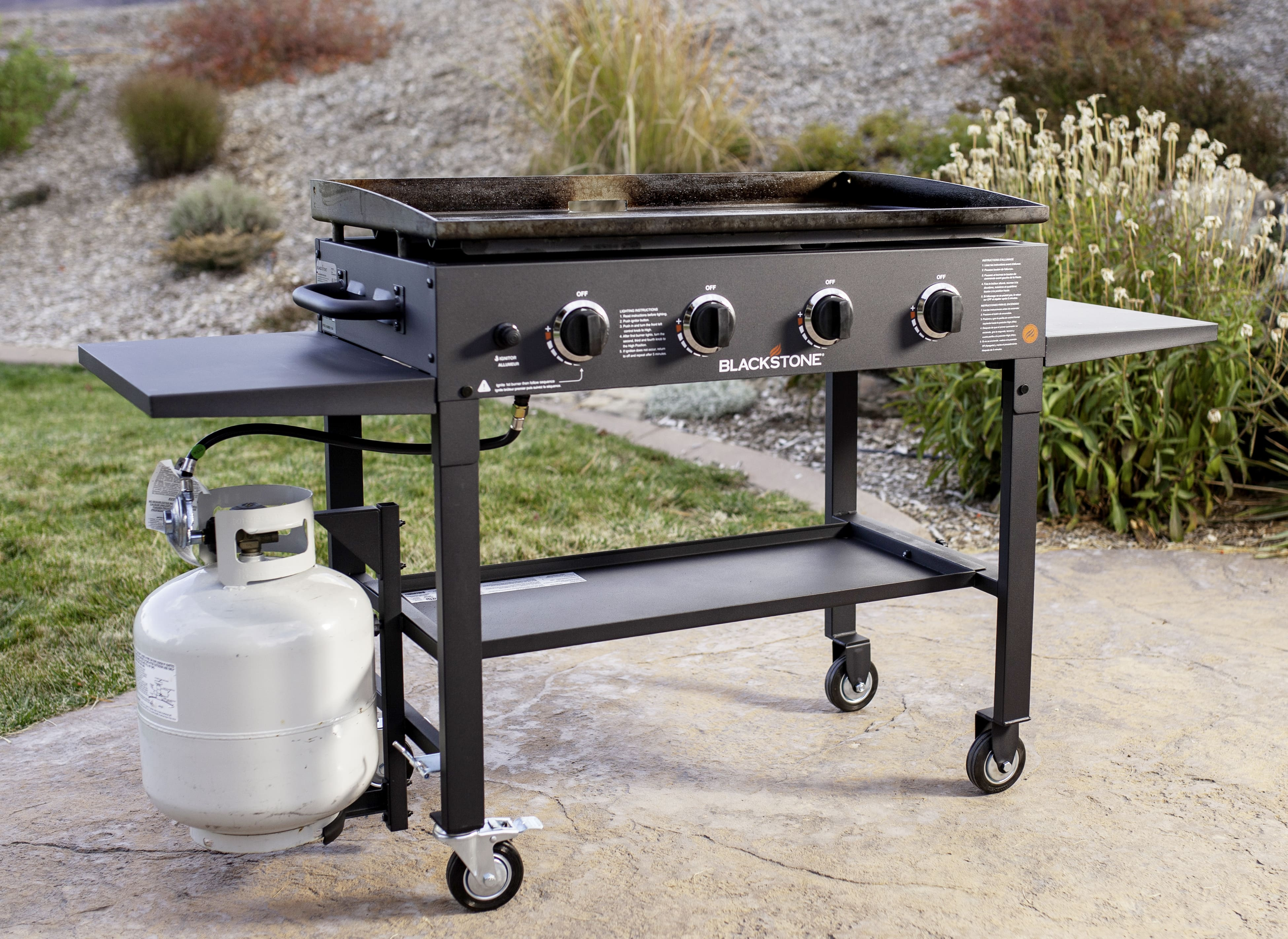 Choose outdoor best kitchen equipment for cooking